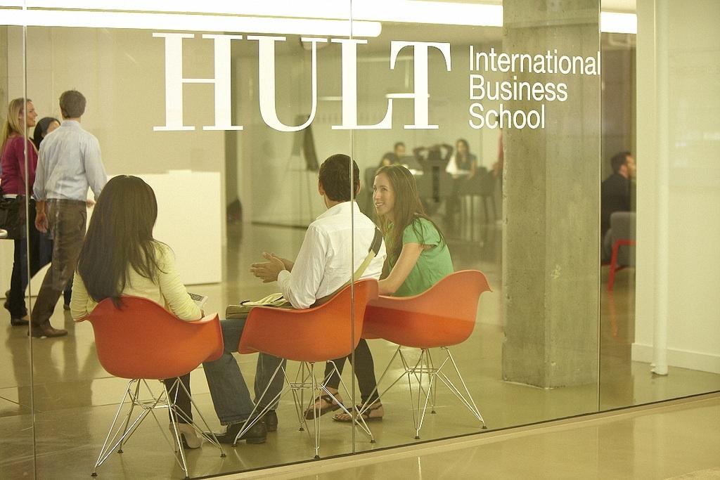 Hult_2